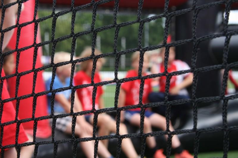 Gilian Samosir en Len Bakker blijven bij de KNVB in beeld