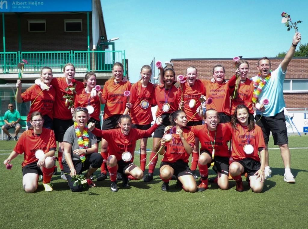 MO17-1 kampioen 4