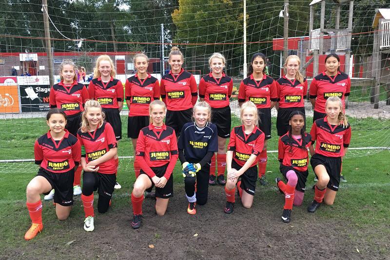 Meiden O15-1 wint van Genemuiden