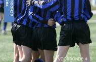 Hulp gezocht bij het schoolvoetbal