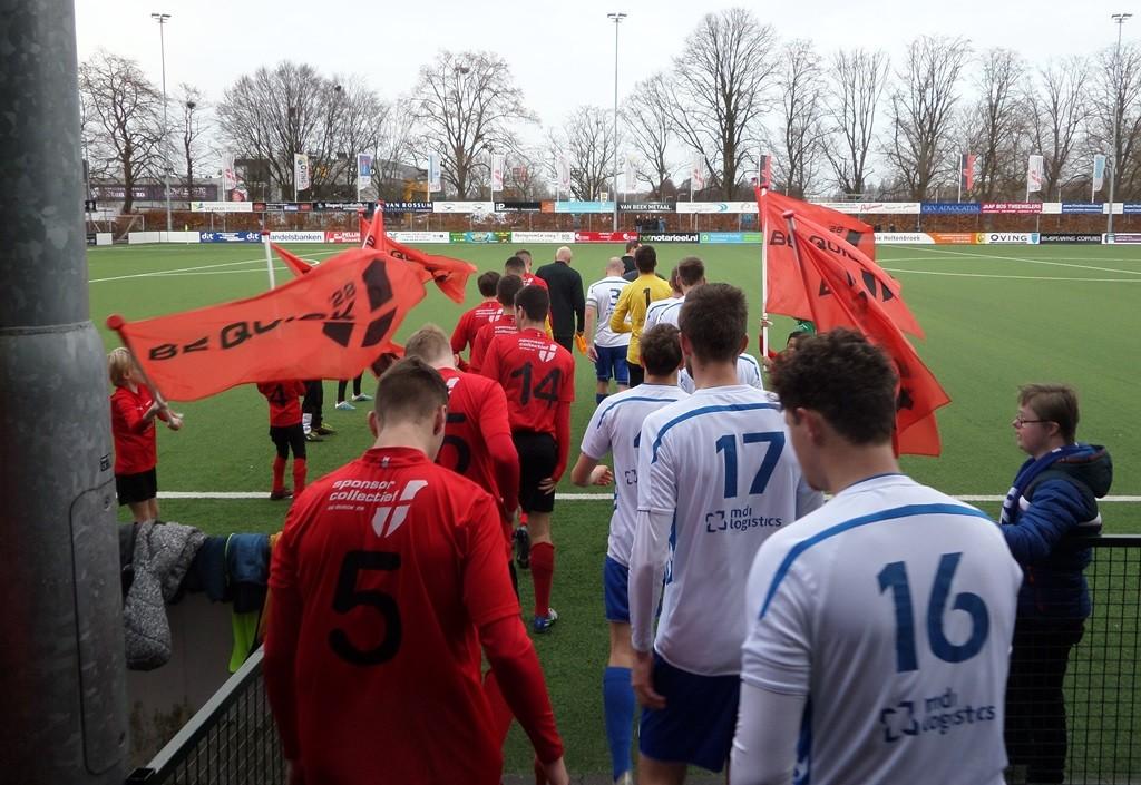 De spelers komen op voor de laatste wedstrijd van het kalenderjaar.